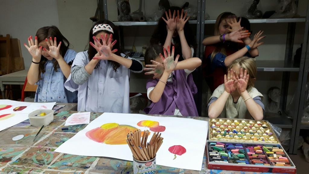 arts-plastique-groupe-enfants