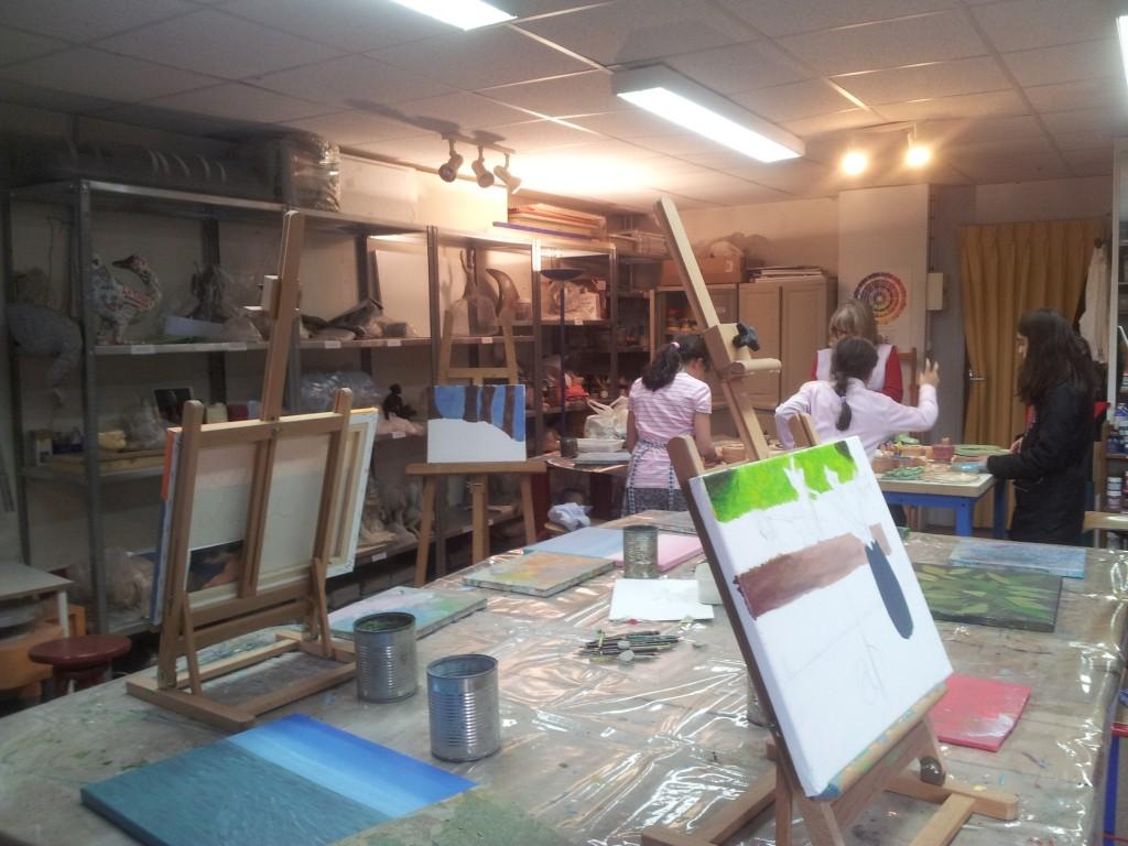 seance-peinture-enfants-arts-plastiques3