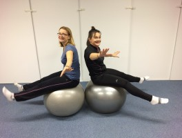 Pilates et Stability ball en famille ! (via Skype)